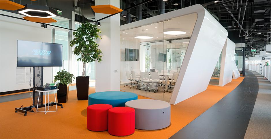 b14ce2d0b32f5 Офис adidas HOME OF SPORT находится в бизнес-парке «Крылатские холмы» в  новом корпусе и занимает 20 000 кв. м.